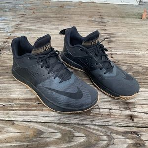Nike Fly By II Basketball Shoes